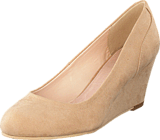 Bianco - Classic Wedge Pump Nougat